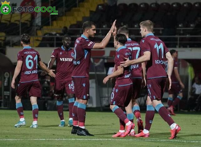 Trabzonspor 142 gün sonra koltuktan indi