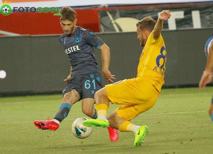 Trabzonspor yara aldı 1-1
