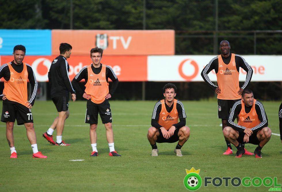 Beşiktaş Yükleme Yapıyor