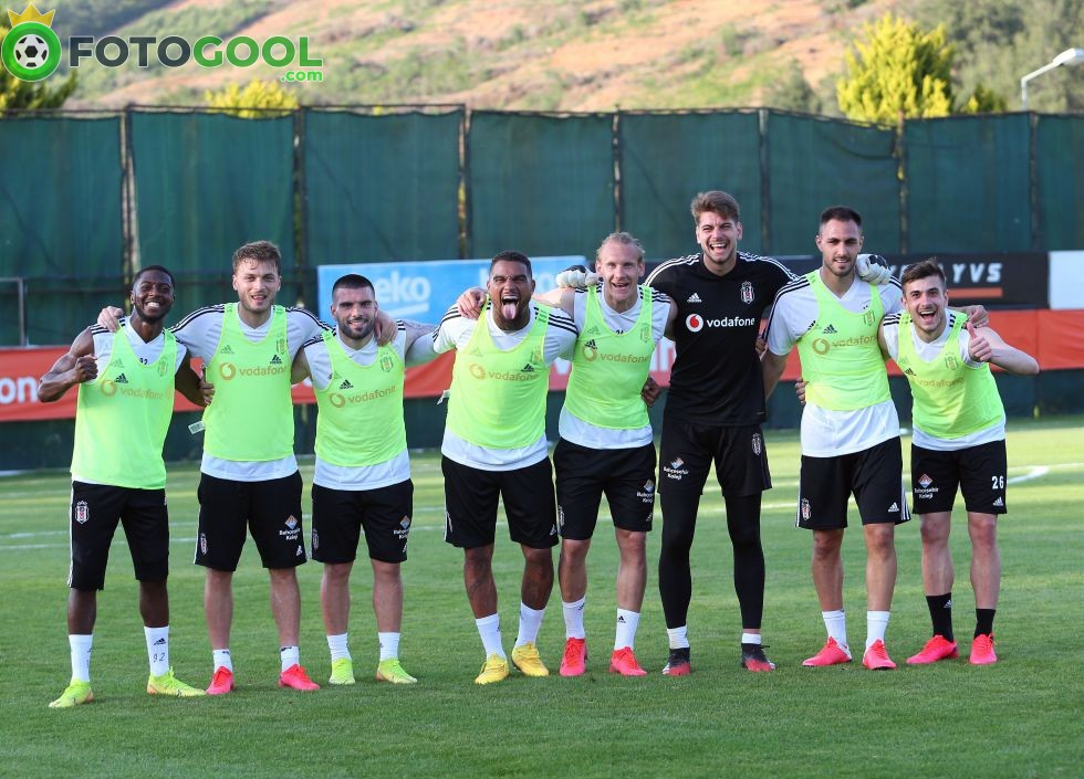 Beşiktaş, Antalya maçının hazırlıklarına başladı.