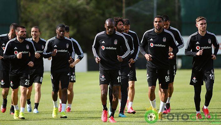 Beşiktaş çift idmanla hazırlanıyor