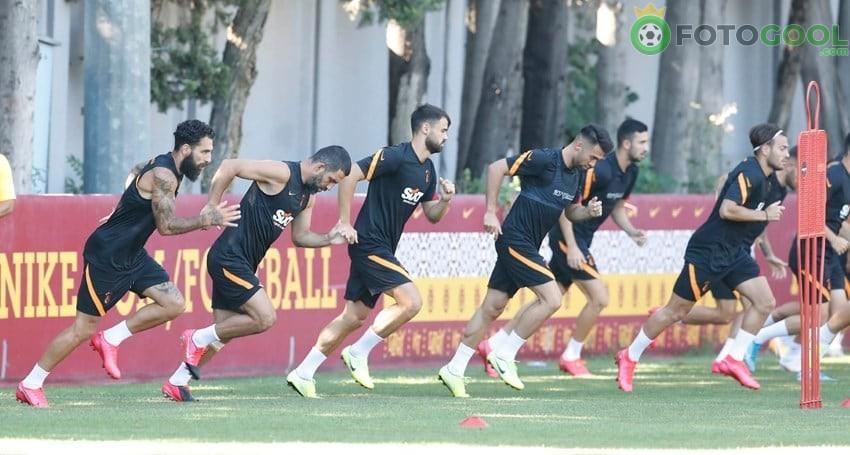 Galatasaray çift idman yaptı