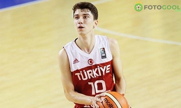 Eray Akyüz Beşiktaş'ta