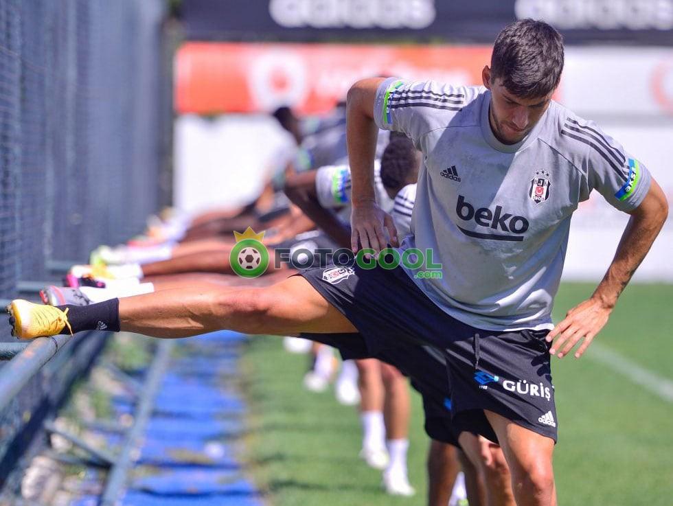 Beşiktaş ara vermeden devam ediyor