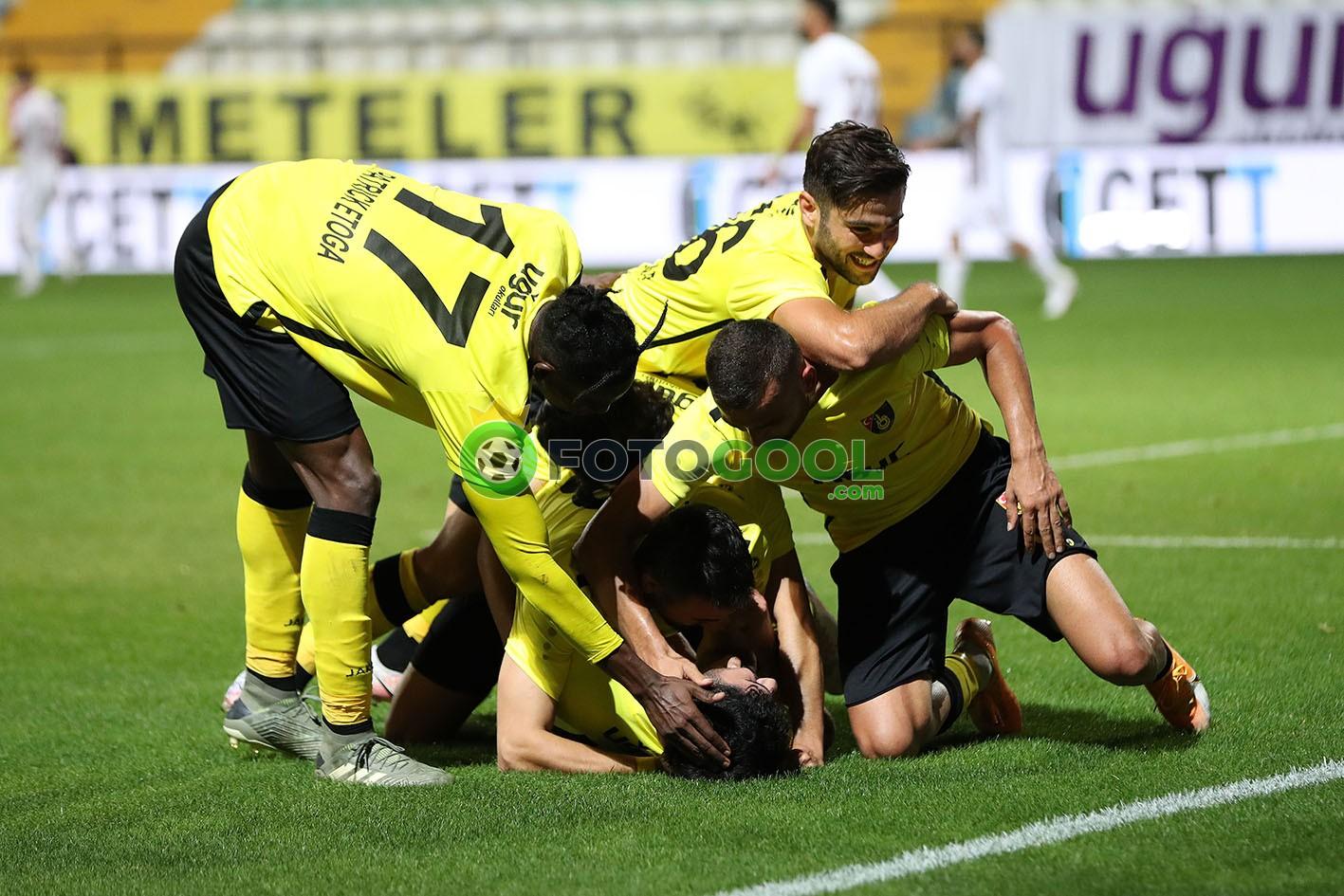 İstanbulspor AŞ seriye bağladı 2-1