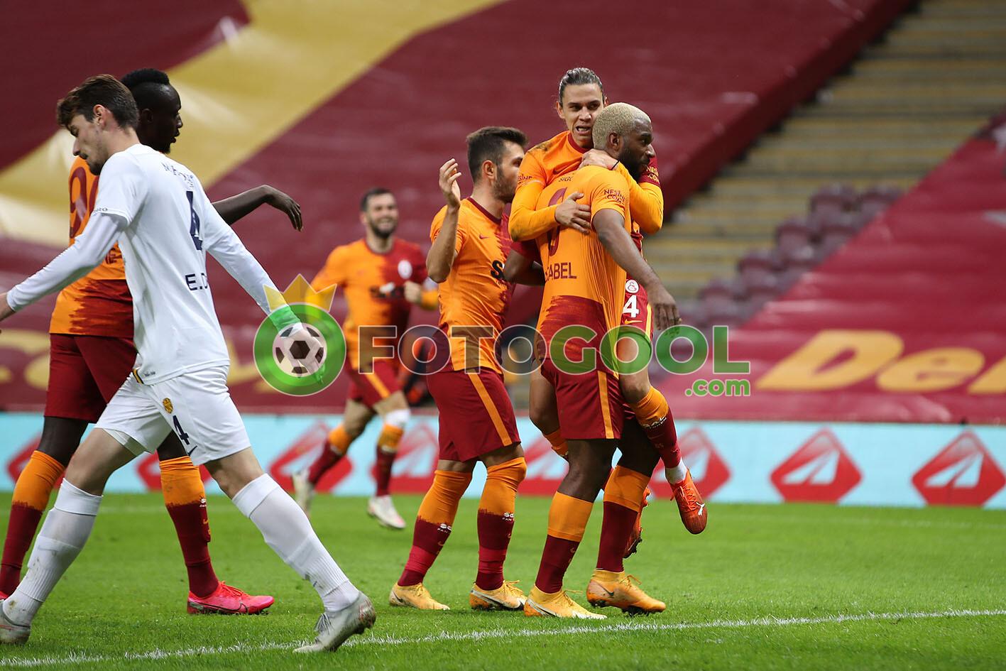 Galatasaray ayarlarına geri döndü 1-0