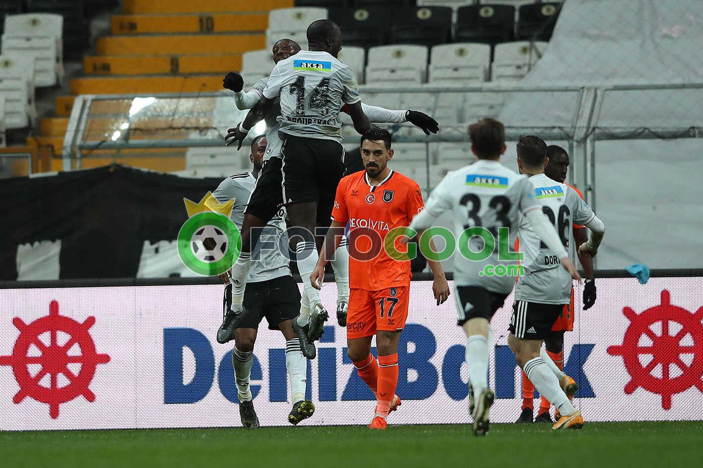 Beşiktaş , Medipol Başakşehir'e patladı 3-2