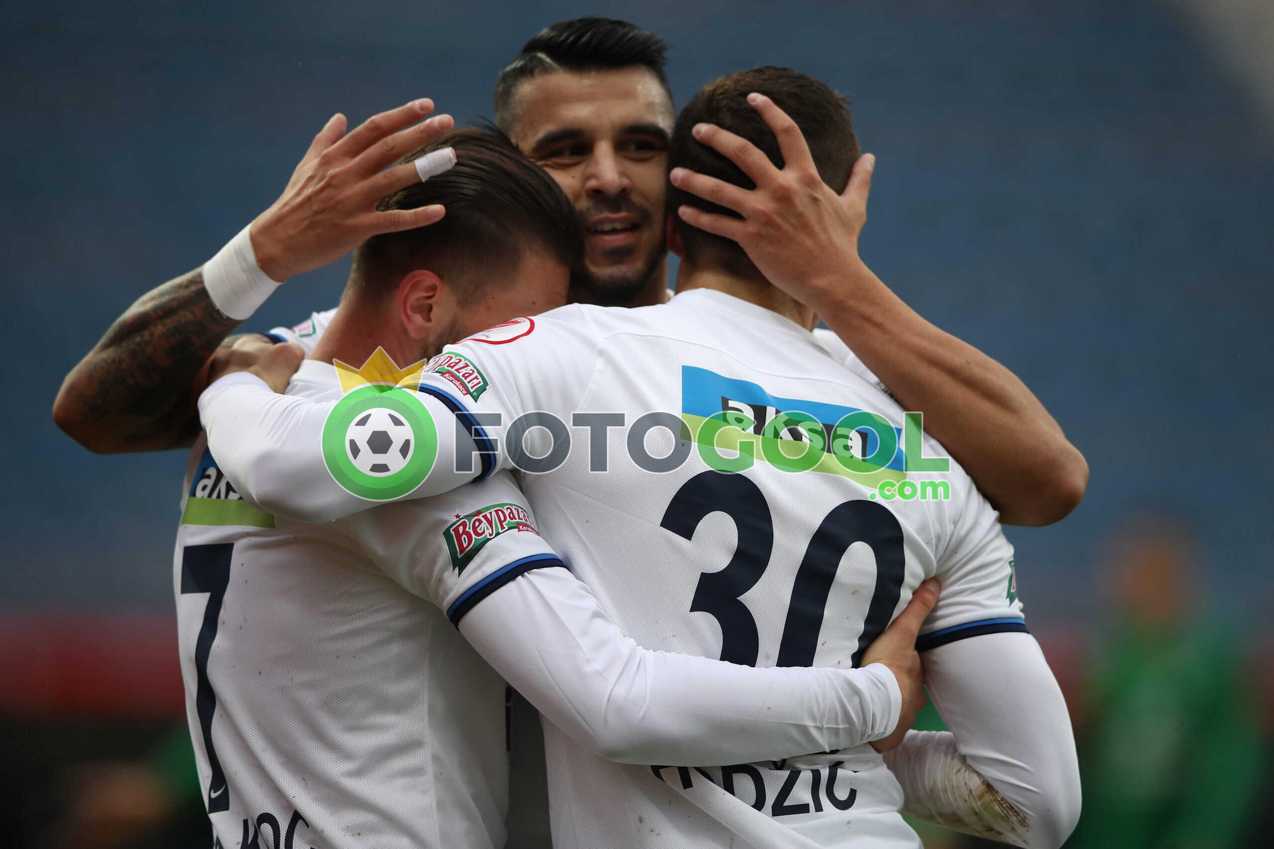 Kasımpaşa turu Rahat geçti 5-0