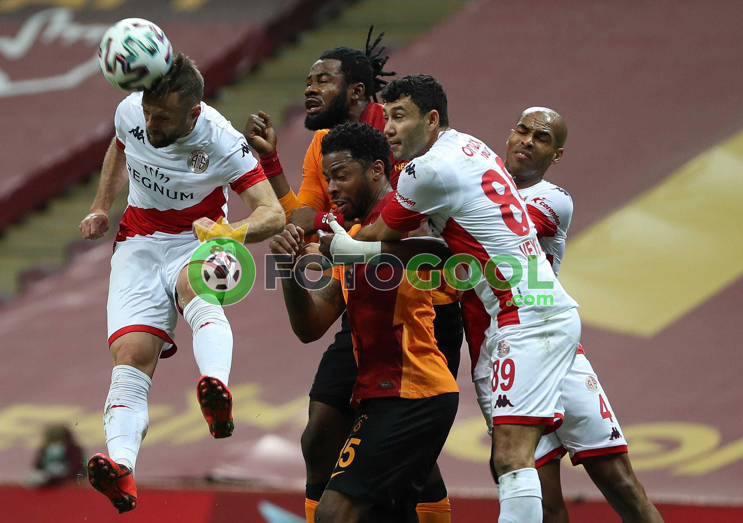 Galatasaray'a Antalya Sürprizi 0-0