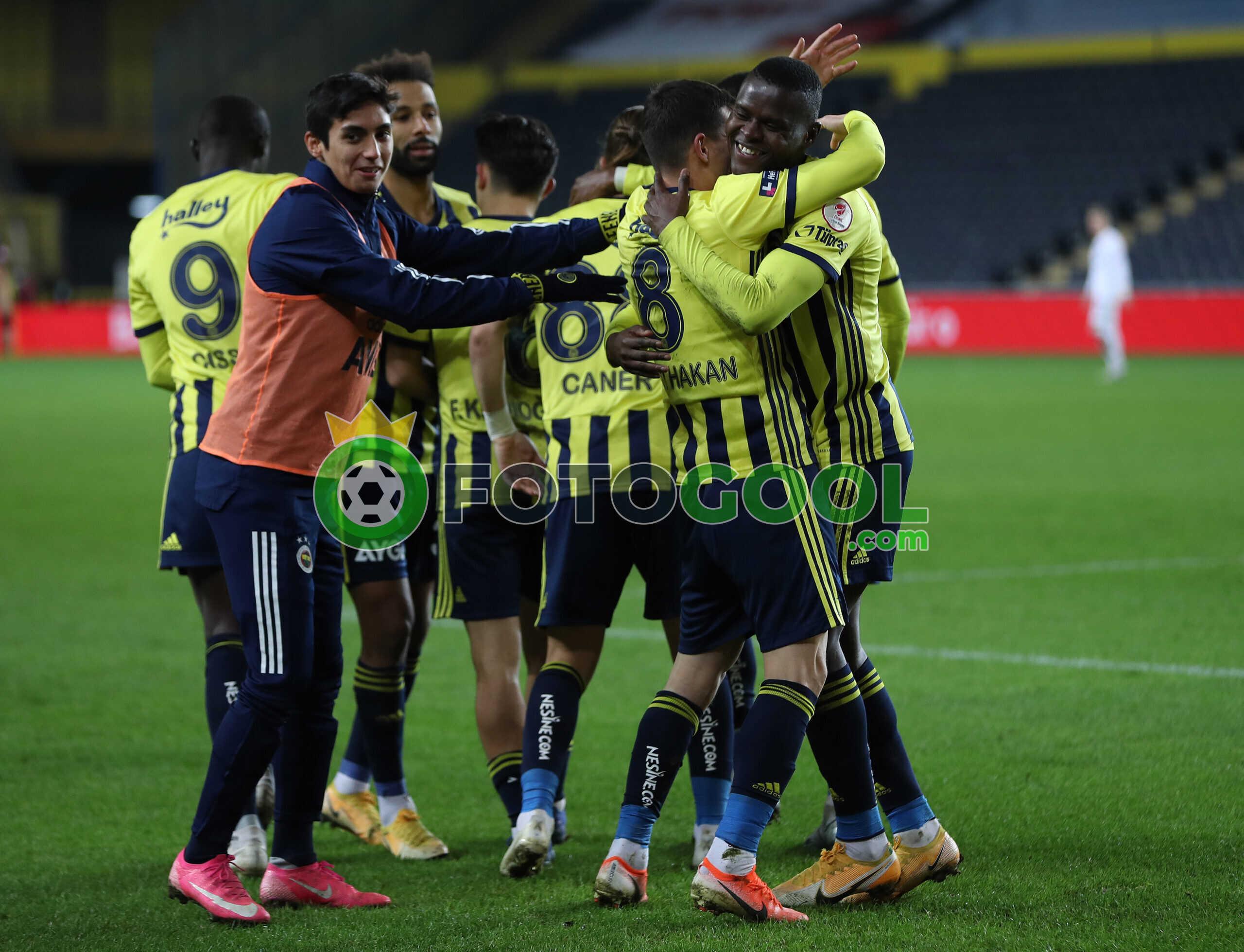 Fenerbahçe zorda olsa turu geçti  1-0
