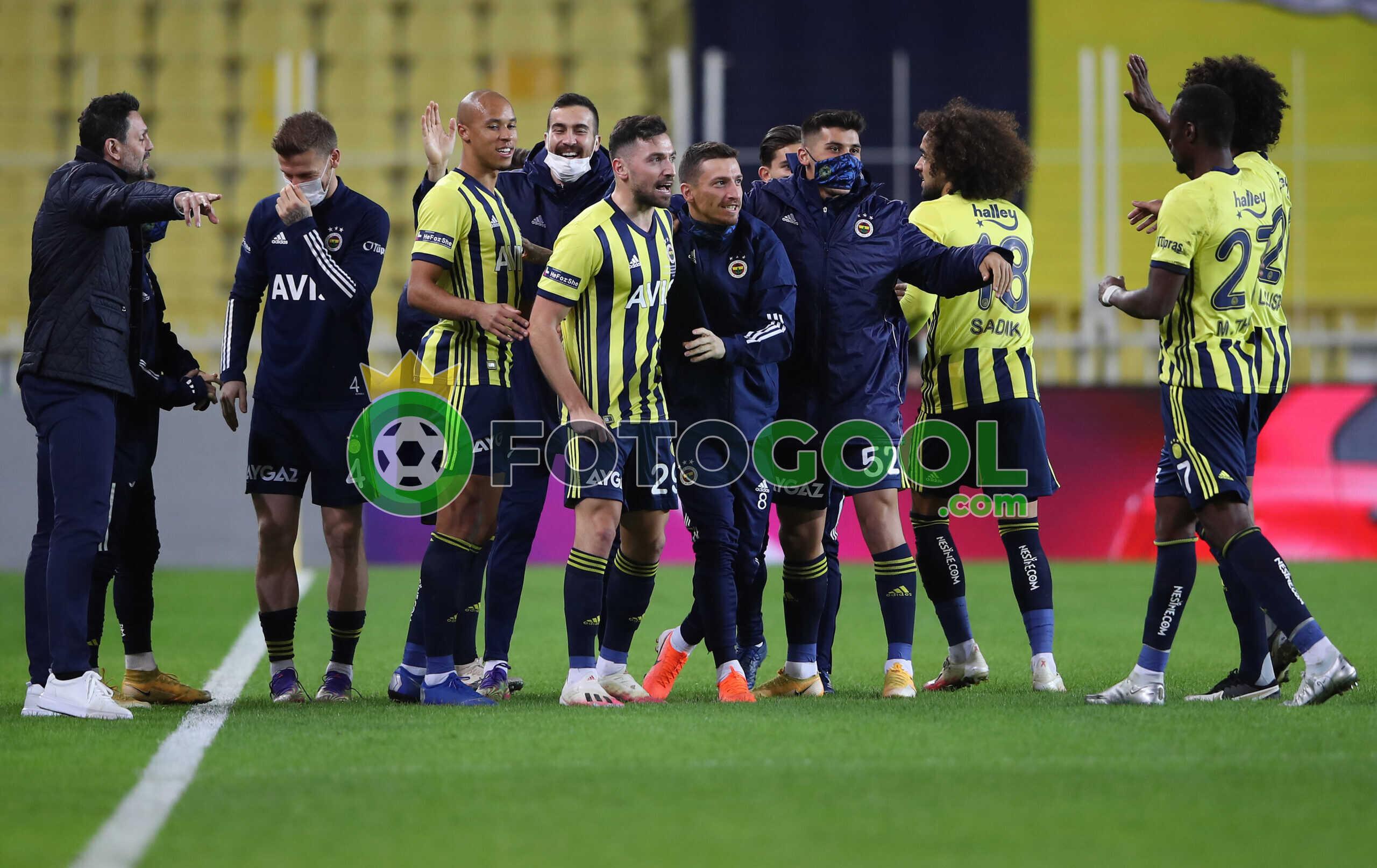 Fenerbahçe Zirve Aşkına 2-1
