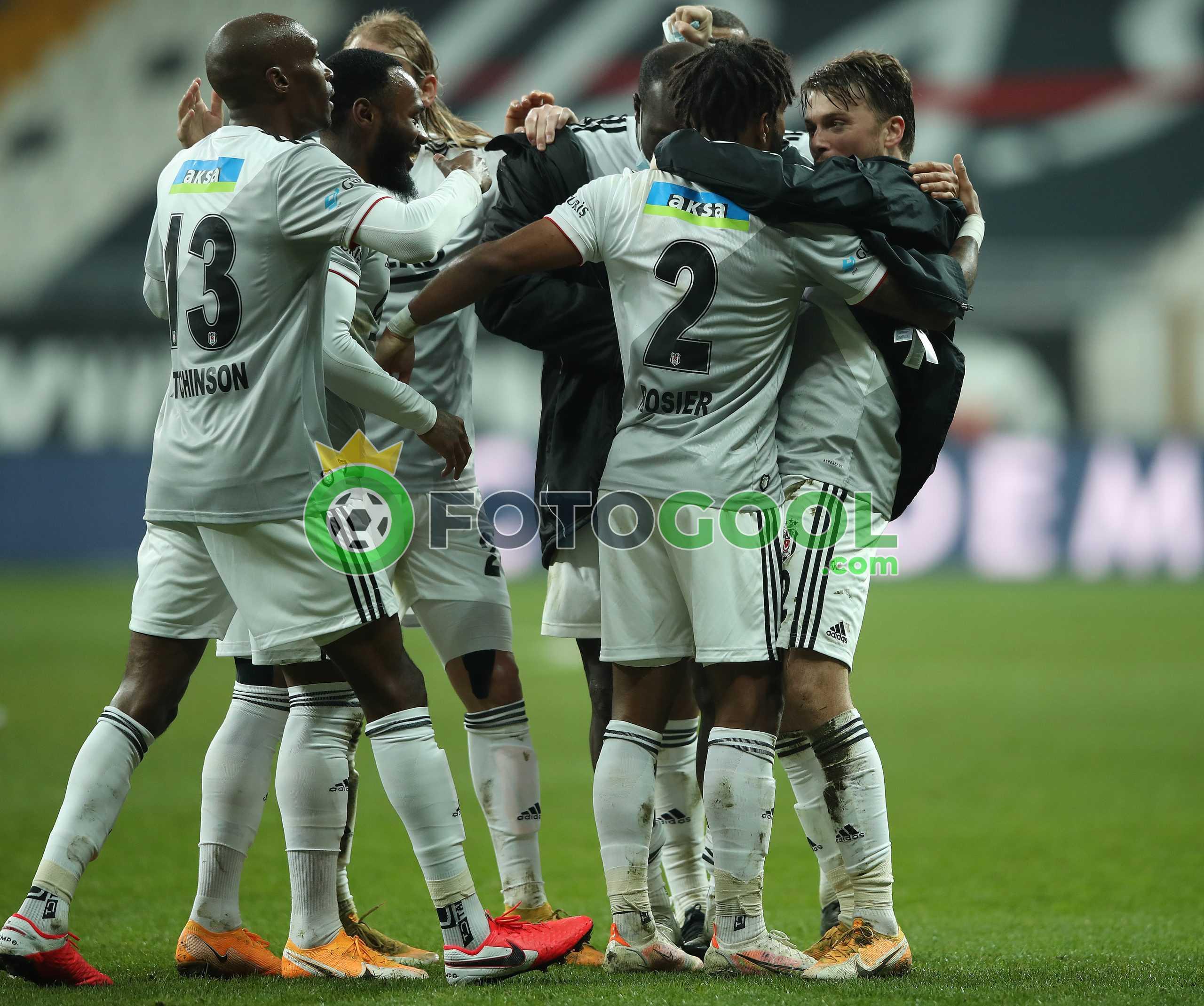 Beşiktaş puanları eşitledi,  yarıştan kopmadı 1-0