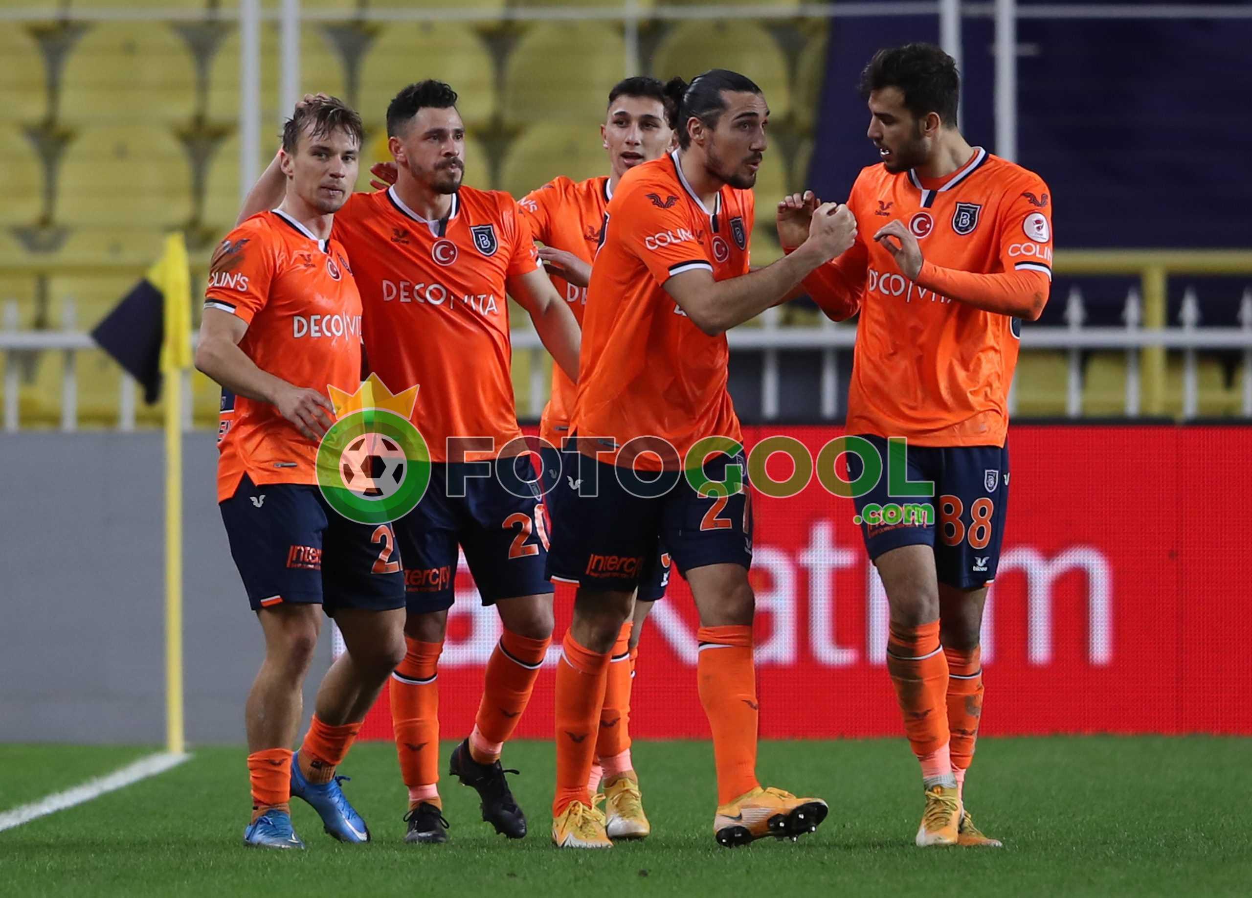 Başakşehir yarı finalde 1-2