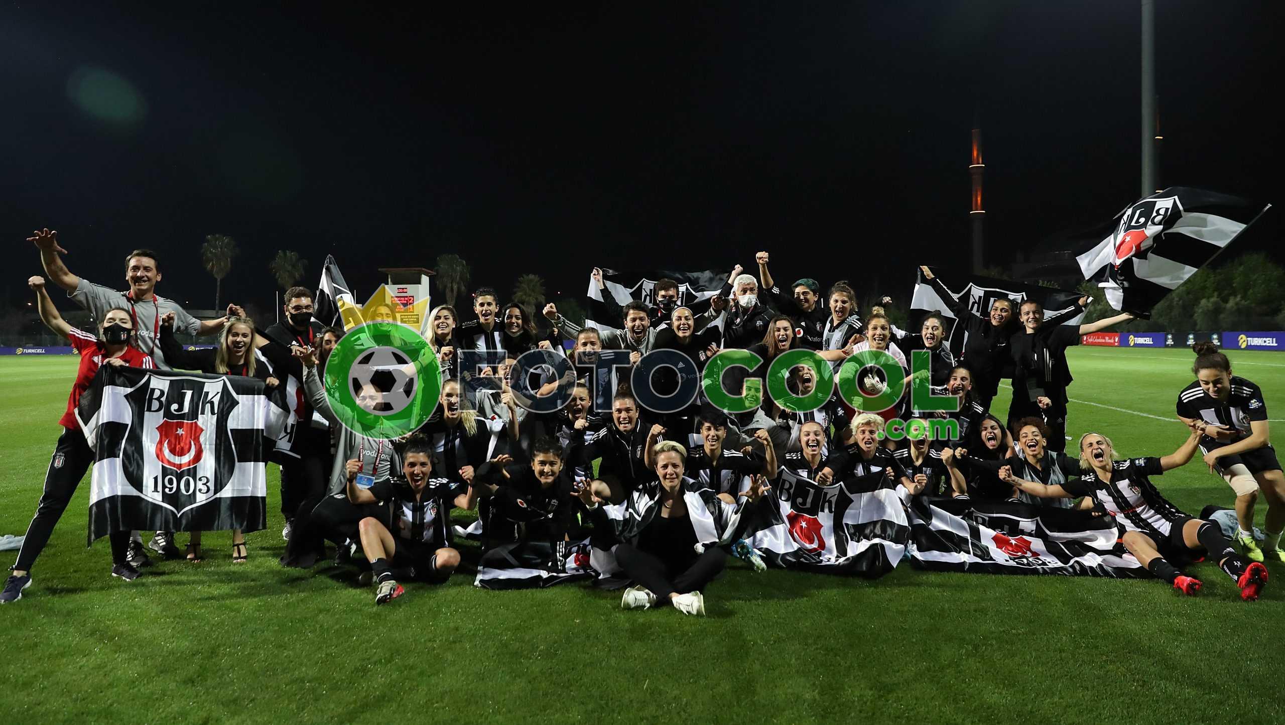 Beşiktaş ikinci finalist