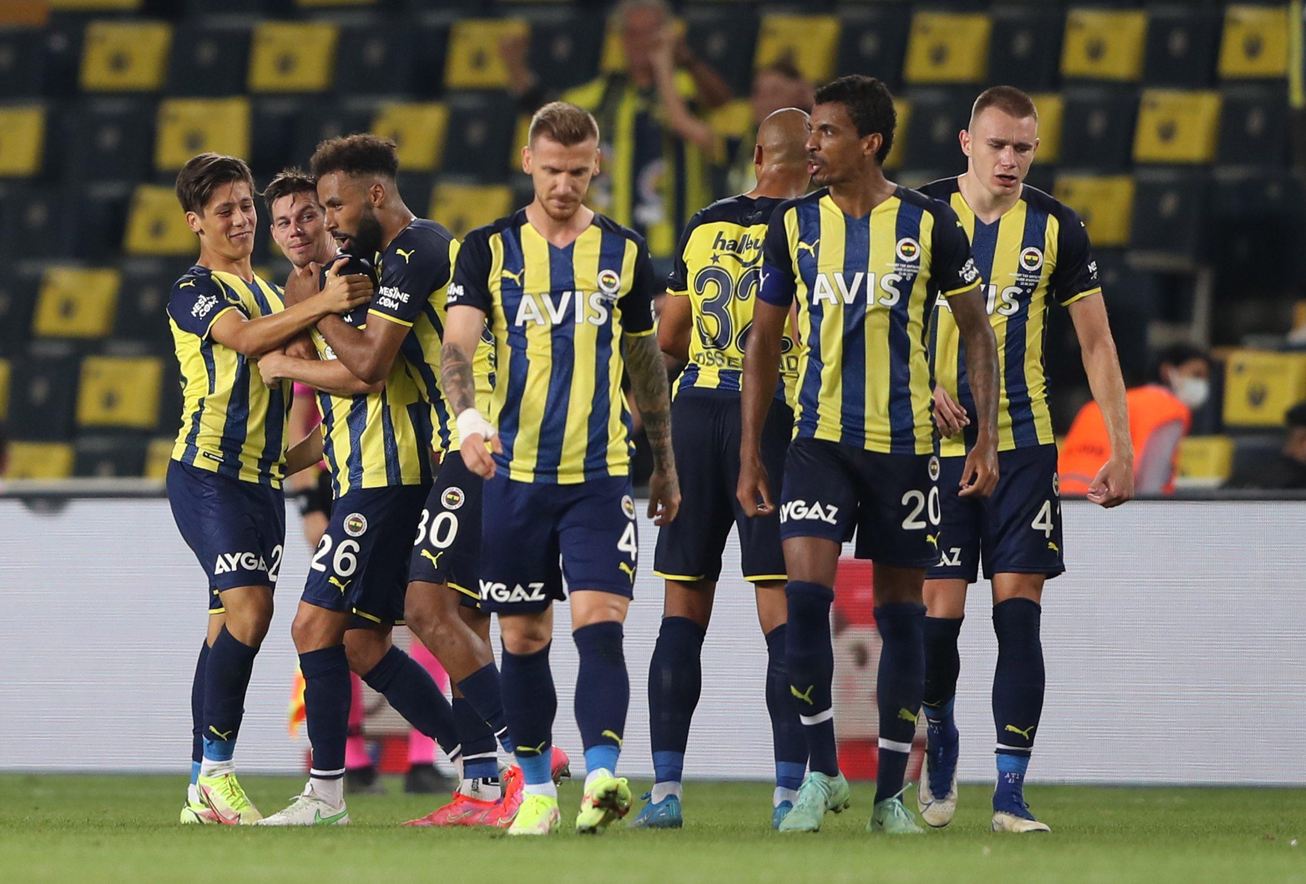 Fenerbahçe 2'de 2 yaptı. 2-0
