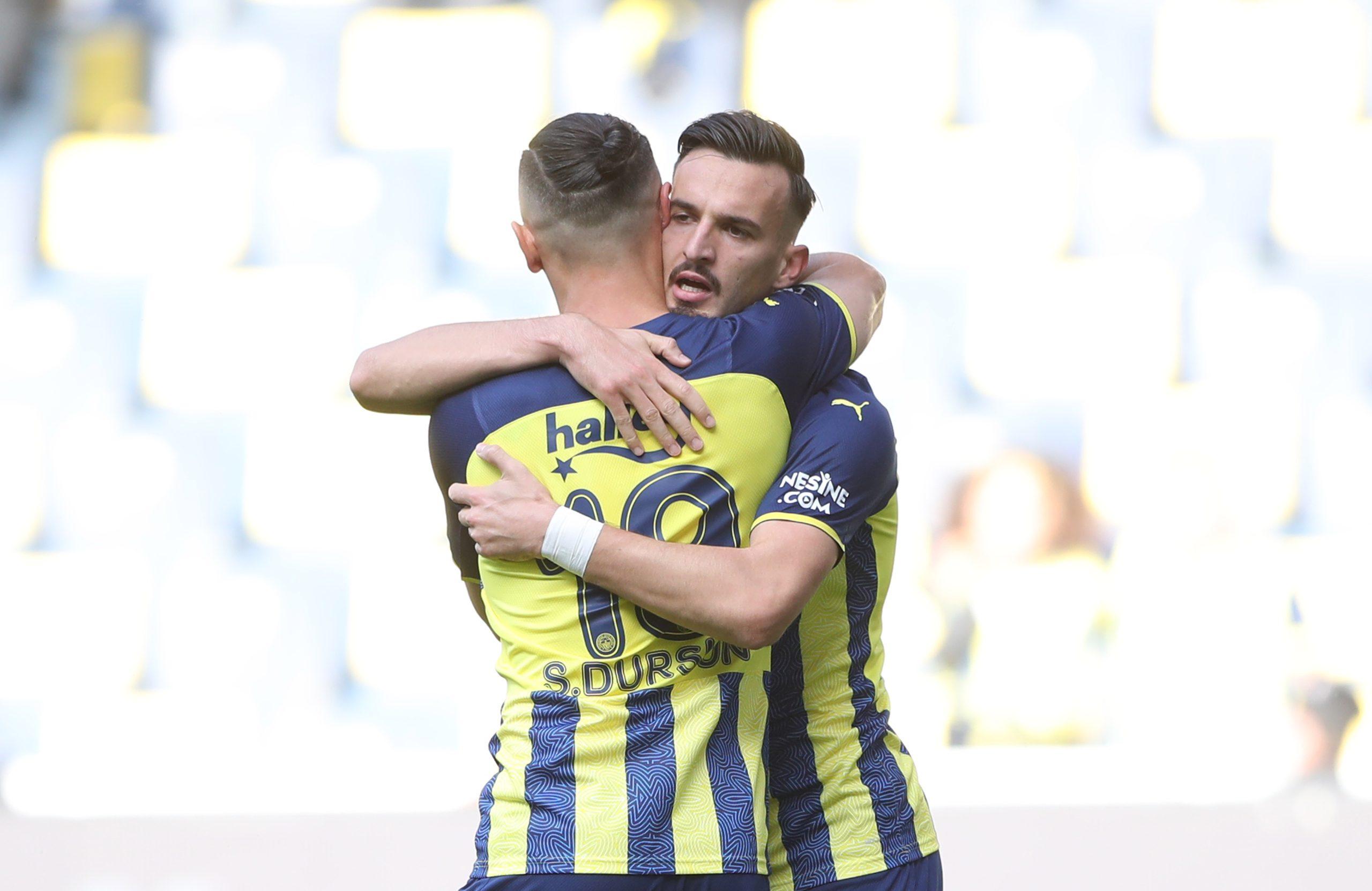 Fenerbahçe Liderliğe devam etti 2-1